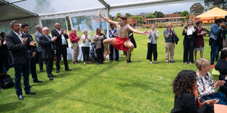 Performers at the Carrolup Centre Establishment Ceremony